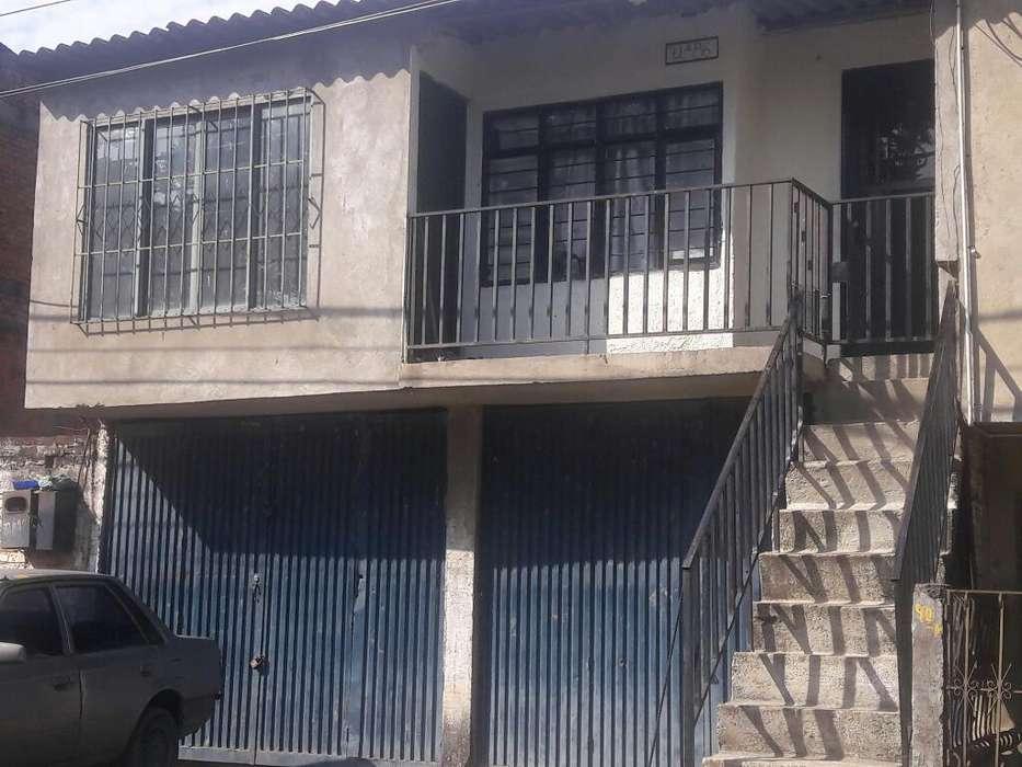 Casa Permuto 2 Vehiculos por Casa