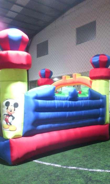 se vende castillo inflable con medidas 4.5 por 4.5