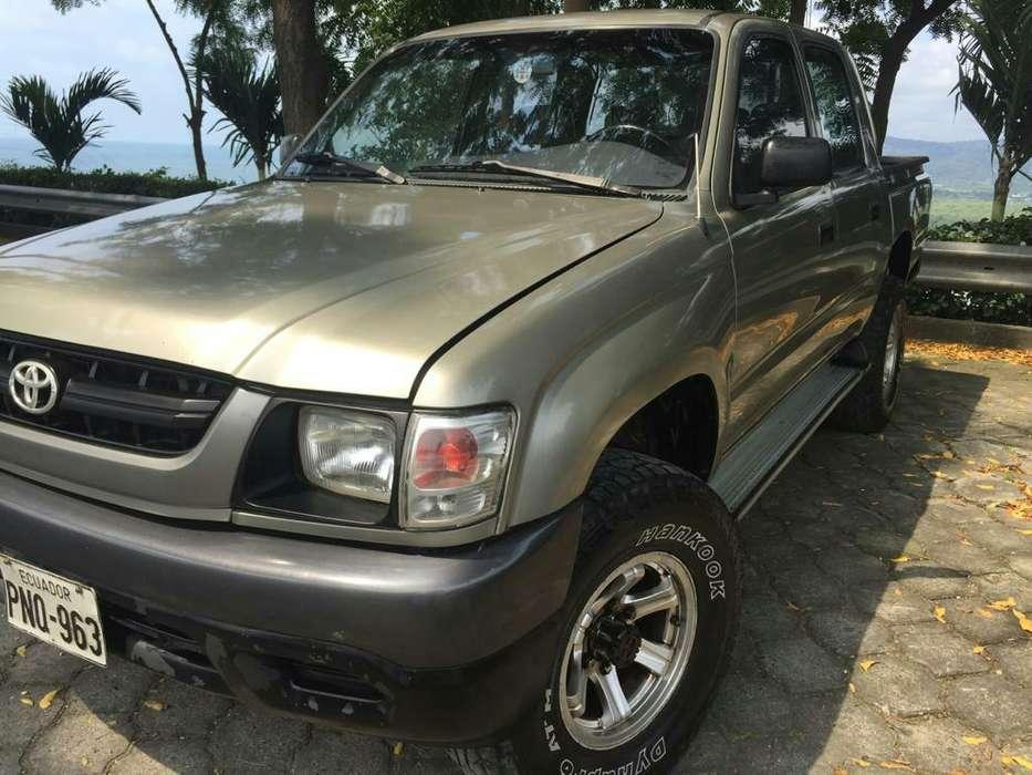 Toyota Hilux 2004 - 274000 km