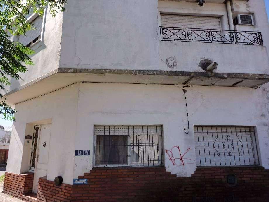 Casa PH en venta en Quilmes Este