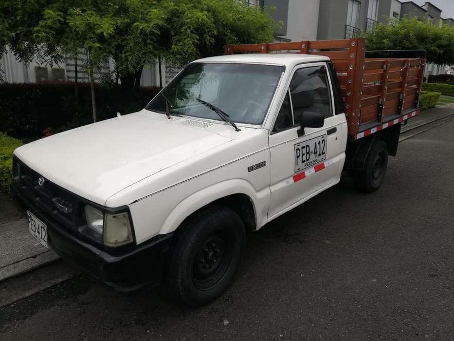 mazda B2000 4x2 modelo 1991 en muy buen estado