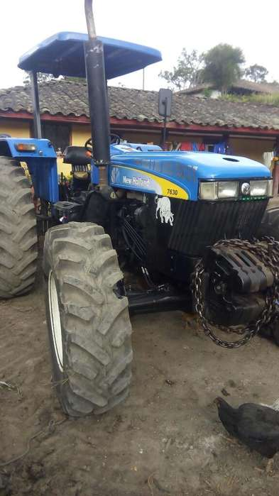 Vendo Tractor New Holland 2011