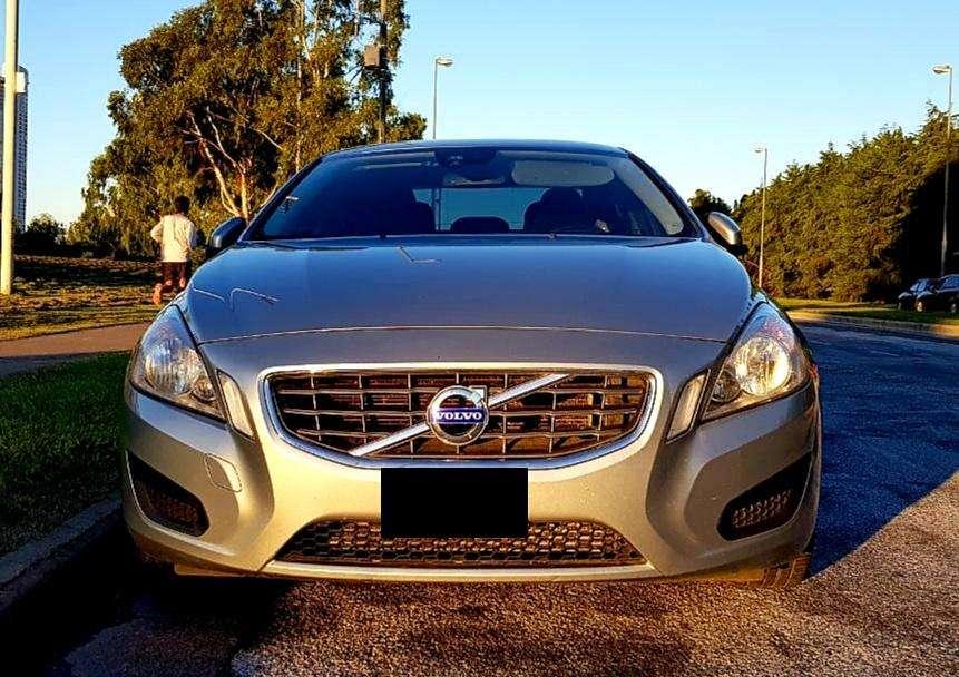 Volvo S60 2012 - 73000 km