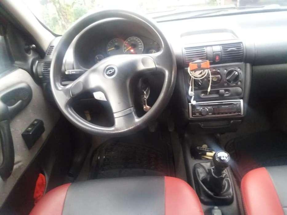 Chevrolet Corsa 4 Ptas. 2006 - 153000 km