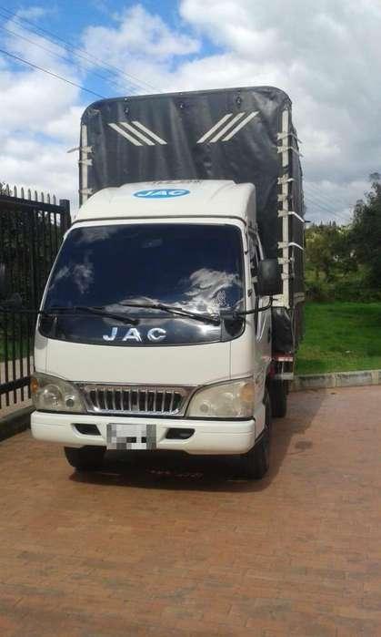 Camioneta JAC Blanca