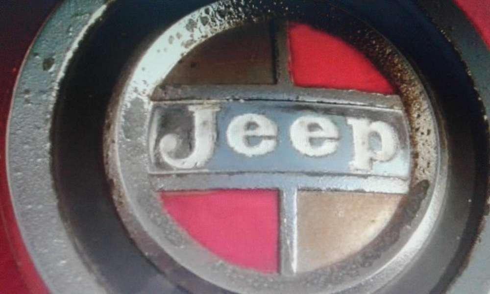 ANTIGUA INSIGNIA ESCUDO <strong>jeep</strong> GLADIATOR DE PARRILLA C/BASE ANCLAJE
