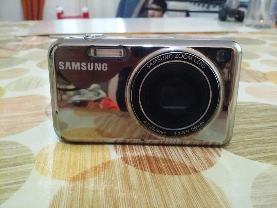 Vendo Camara de Fotos Samsung