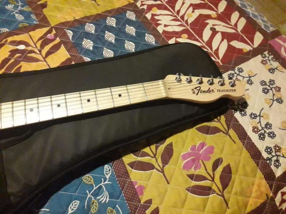 TELECASTER Squier by Fender