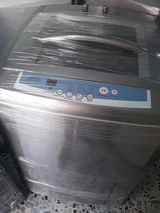 Lavadora Samsung 32 Lbra en Buen Estado