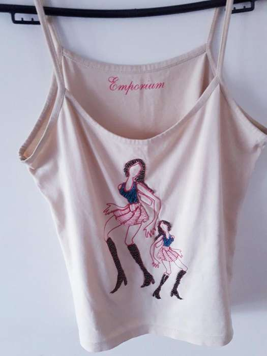 Remera de <strong>mujer</strong> Nueva Talle S Beige