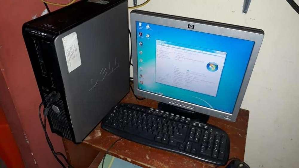 Vendo Computadora de escritorio (completa)