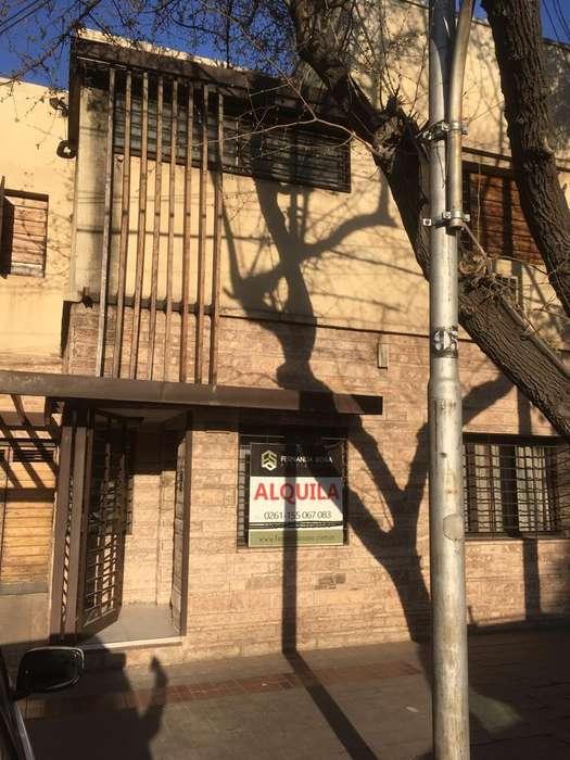 Fernanda sosa propiedades alquila hermosa casa en el corazon de la capital de mendoza