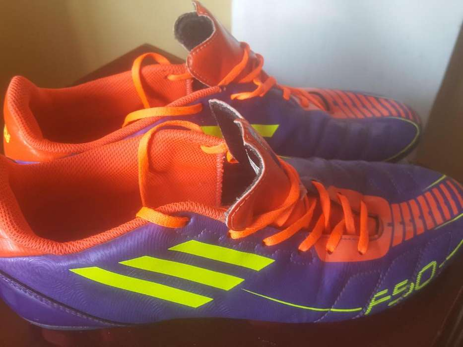 <strong>adidas</strong> F50