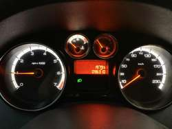 Peugeot 408 Allure Mod 2013. Financio.