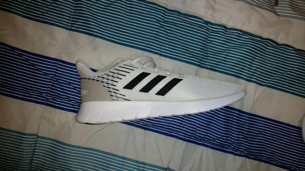 Adidas Originales Talla 42 2/3