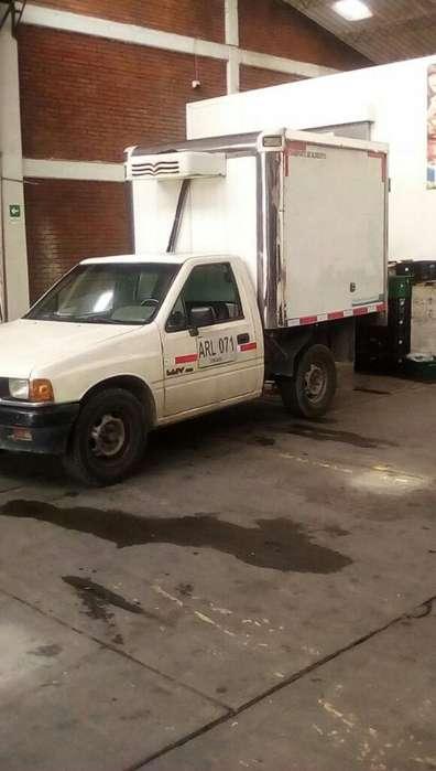 Vendo Camioneta Luv 2300 Modelo 91 con T