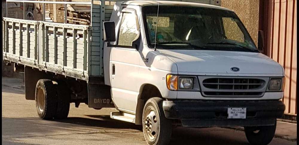 Camion Ford E-350
