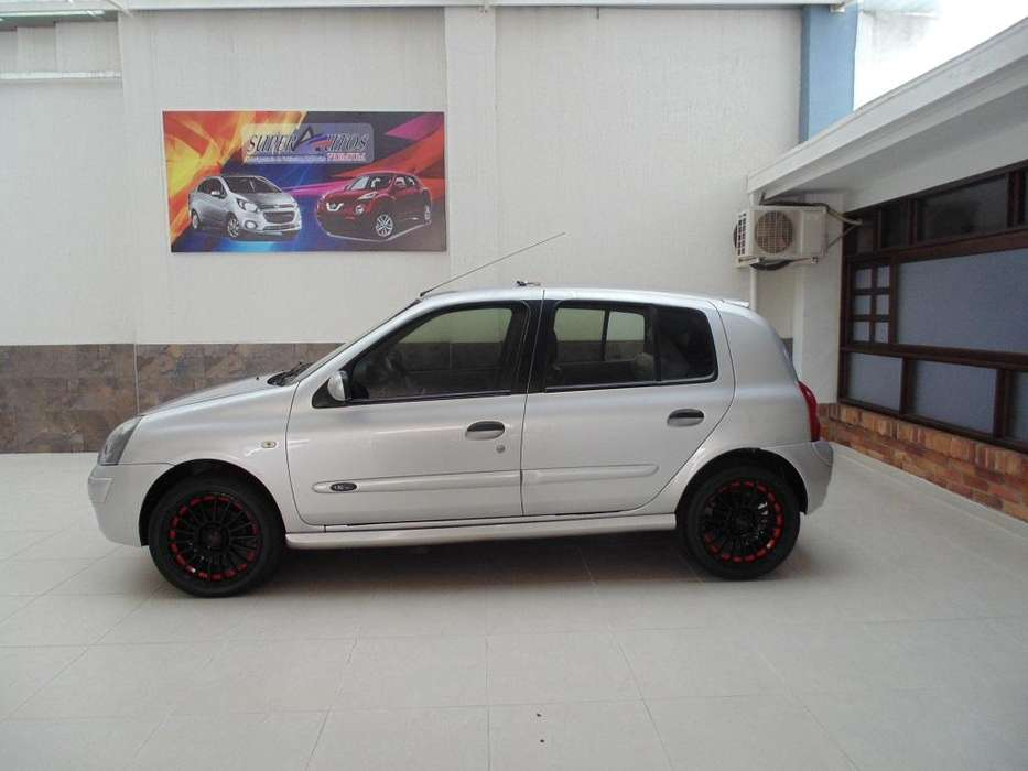Renault Clio  2009 - 134000 km