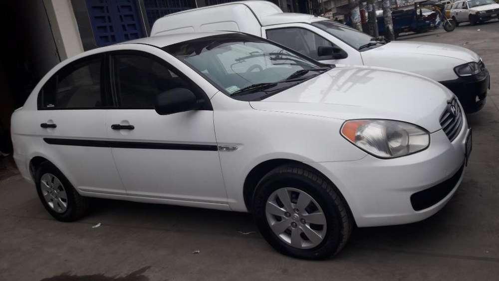 Hyundai Accent 2009 - 105000 km