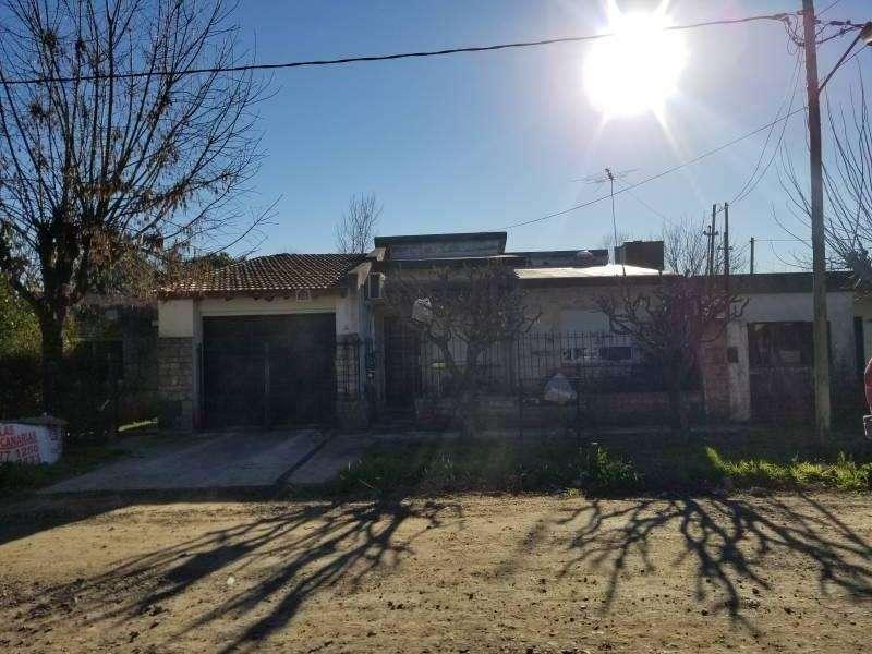Casa en Venta, Gianone N482, Marcos Paz, Cod.2297
