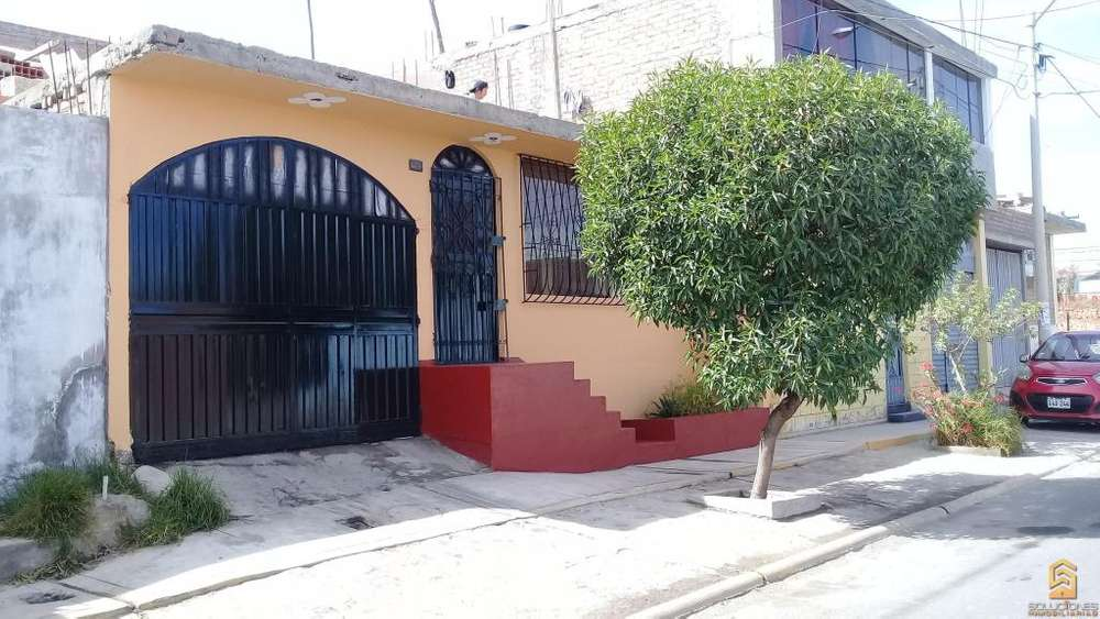 Soluciones Inmobiliarias Brinda en Anticresis Casa en urb. Dean Valdivia Distrito de Cayma.