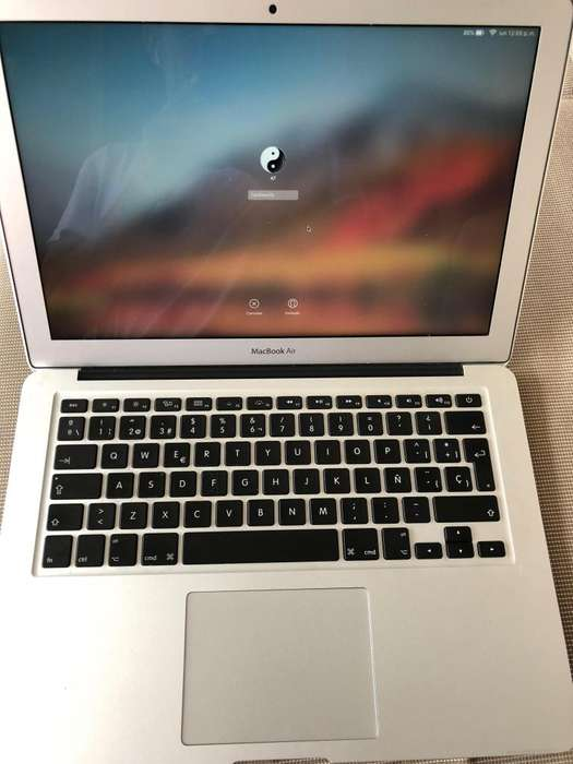 MacBook Air 13.3 128GB Core I5 10/10 Garantia 6 MESES 290 ciclos