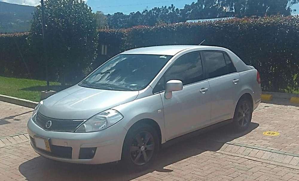 Nissan Tiida 2011 - 121500 km