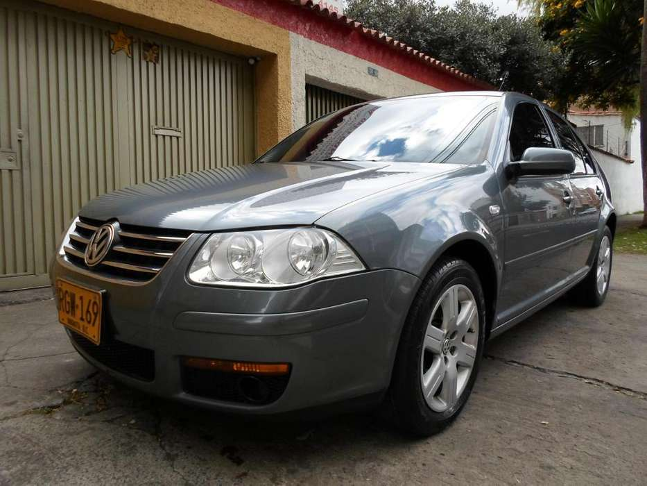 Volkswagen Jetta 2011 - 65000 km