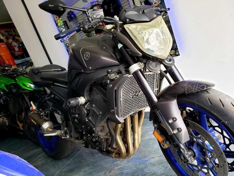 Yamaha Fz1 2011, R6, R1 ,z800, Fz8, Gsr