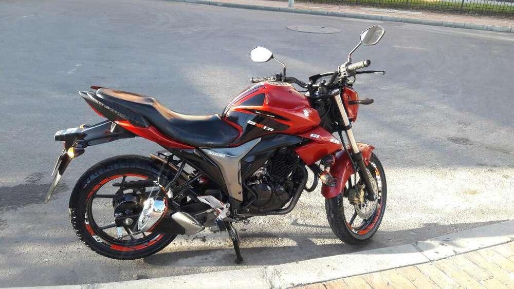 Moto Suzuki Gixxer Vendo O Cambio