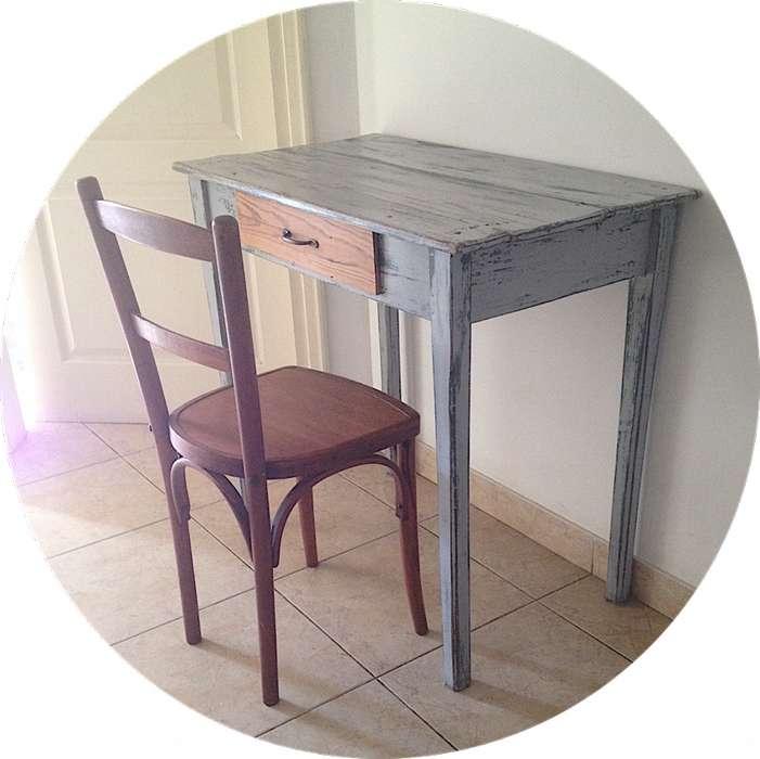 Hermoso escritorio de pinotea estilo campo, con cajón <strong>silla</strong> Thonet