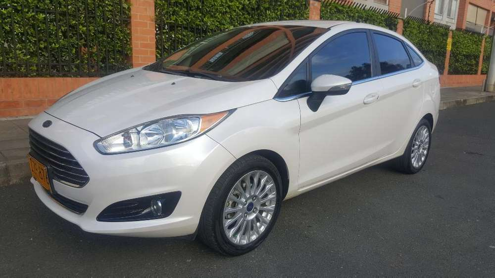 <strong>ford</strong> Fiesta  2016 - 61500 km