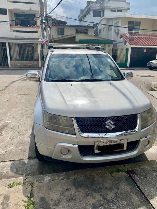 Suzuki Grand Vitara SZ 2011 - 175000 km