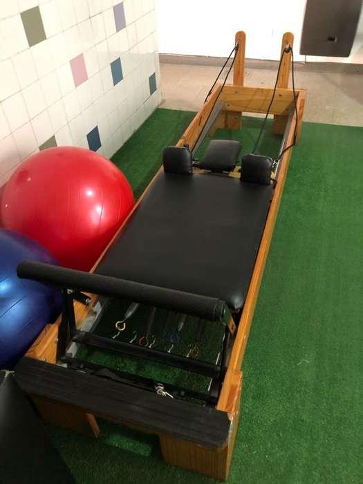 Cama Pilates Reformer