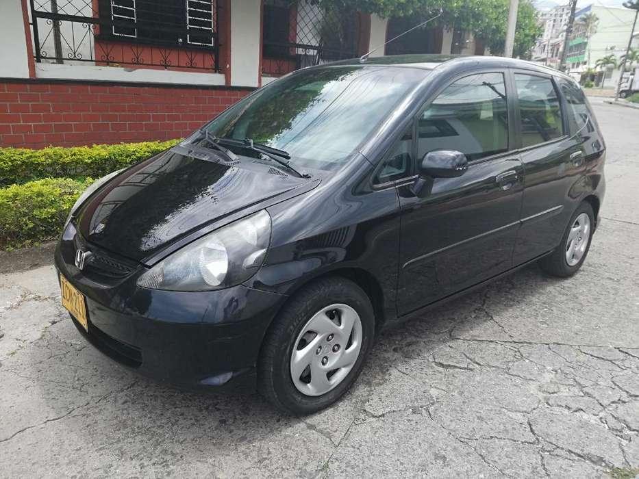 Honda FIT 2008 - 151000 km