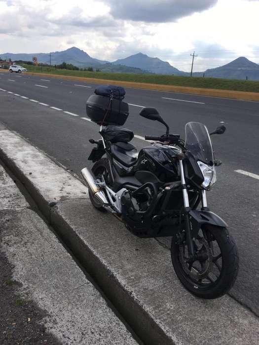 Vendo moto <strong>honda</strong> nc700s