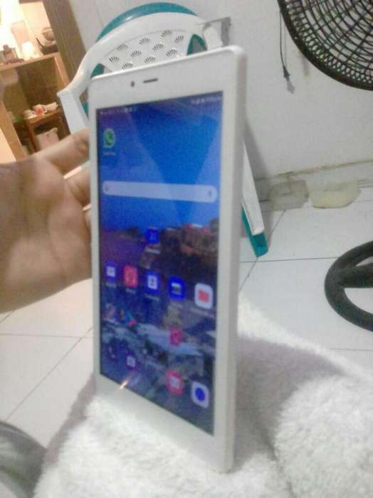 Tablet/celular Alcatel A3 7pulg.