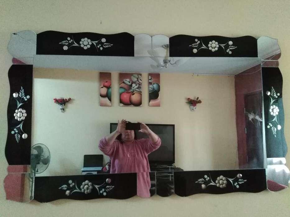 Espejo Grande, con Bordes Negros