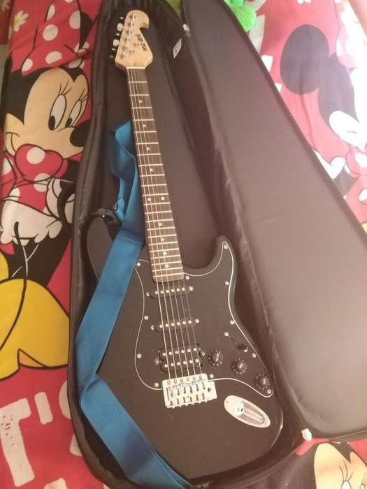 Se Vende Guitarra Electrica