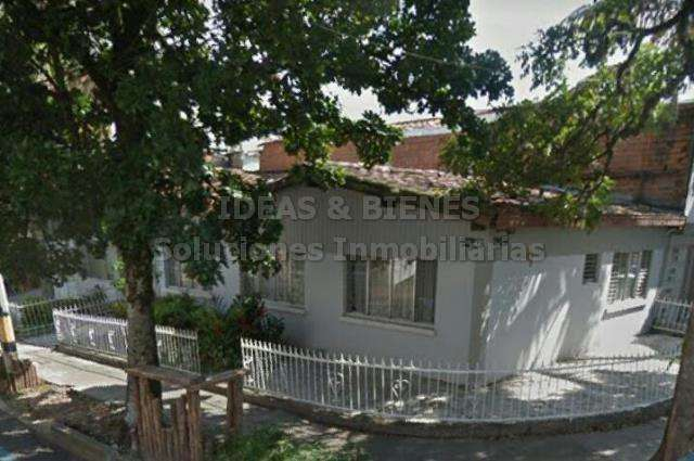 Casa Lote En Venta Laureles Sector Simón Bolivar Código: 806856