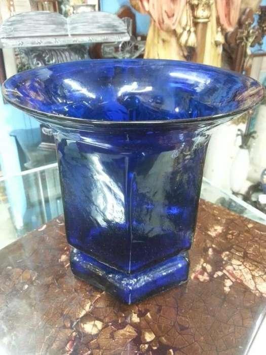 Florero Antiguo En Vidrio Azul Italiano