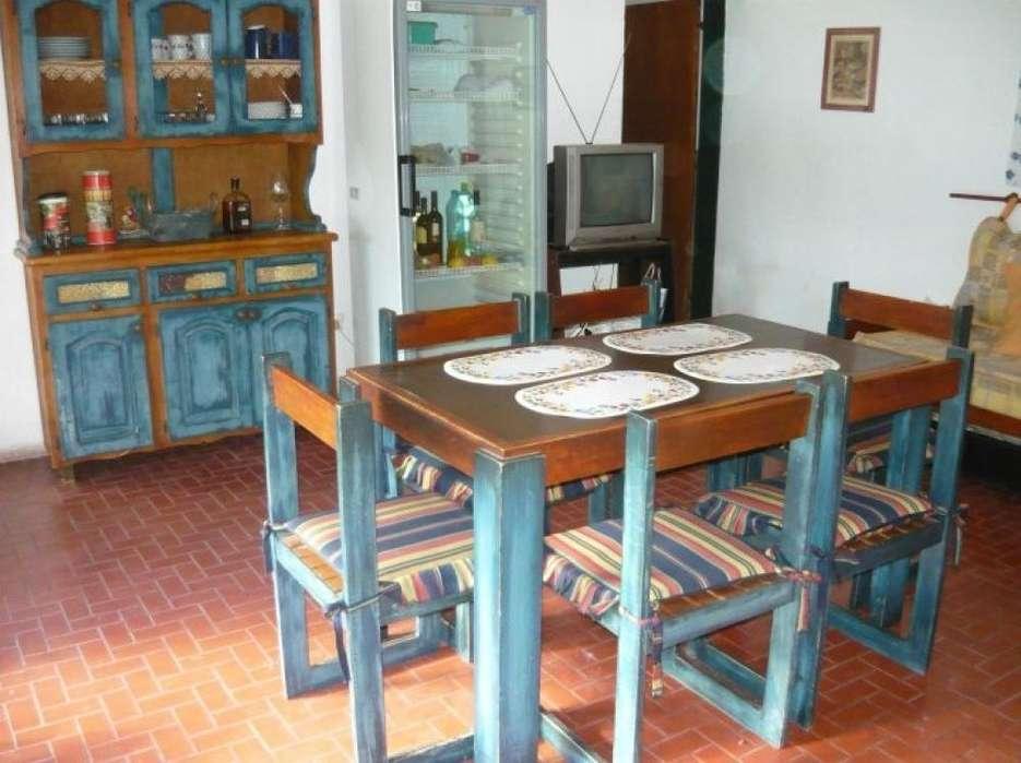 oo99 - Chalet para 6 a 12 personas con pileta y cochera en Funes