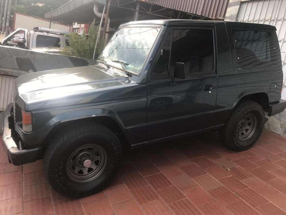 Mitsubishi Montero 1996 - 200000 km