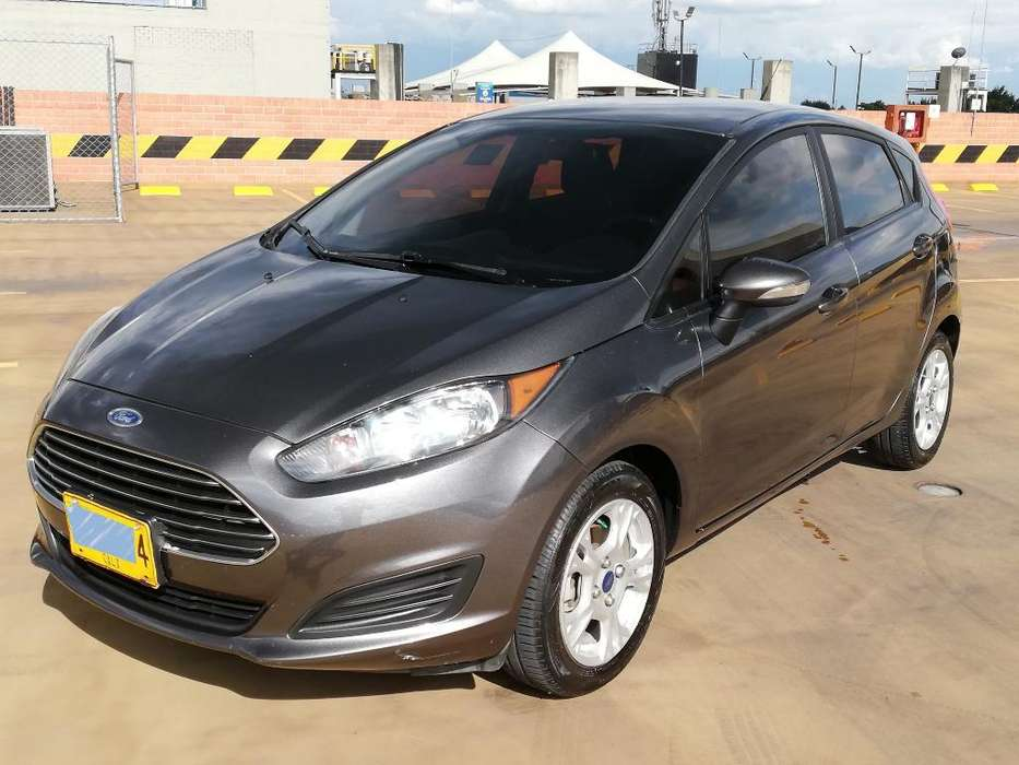 Ford Fiesta  2016 - 60000 km
