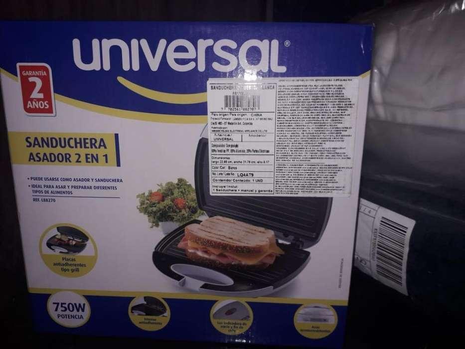 Sanduchera Universal 2 en 1