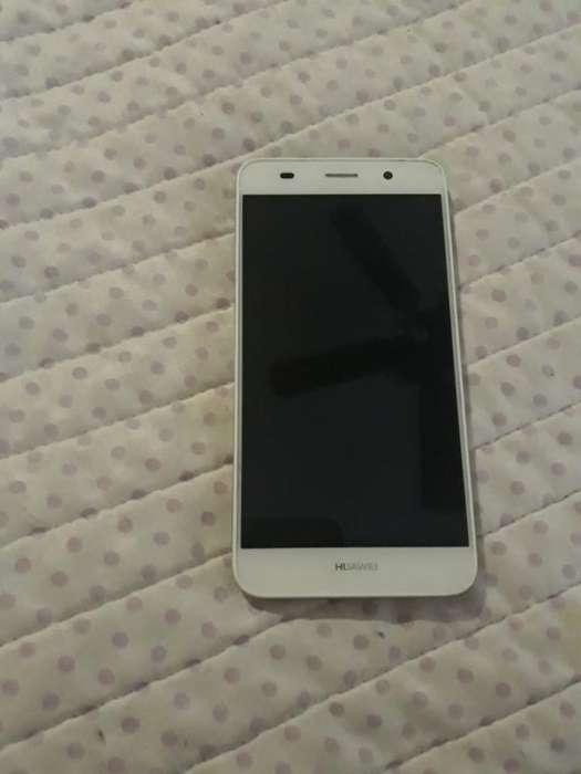 Huawei Y6 con Dos Fundas