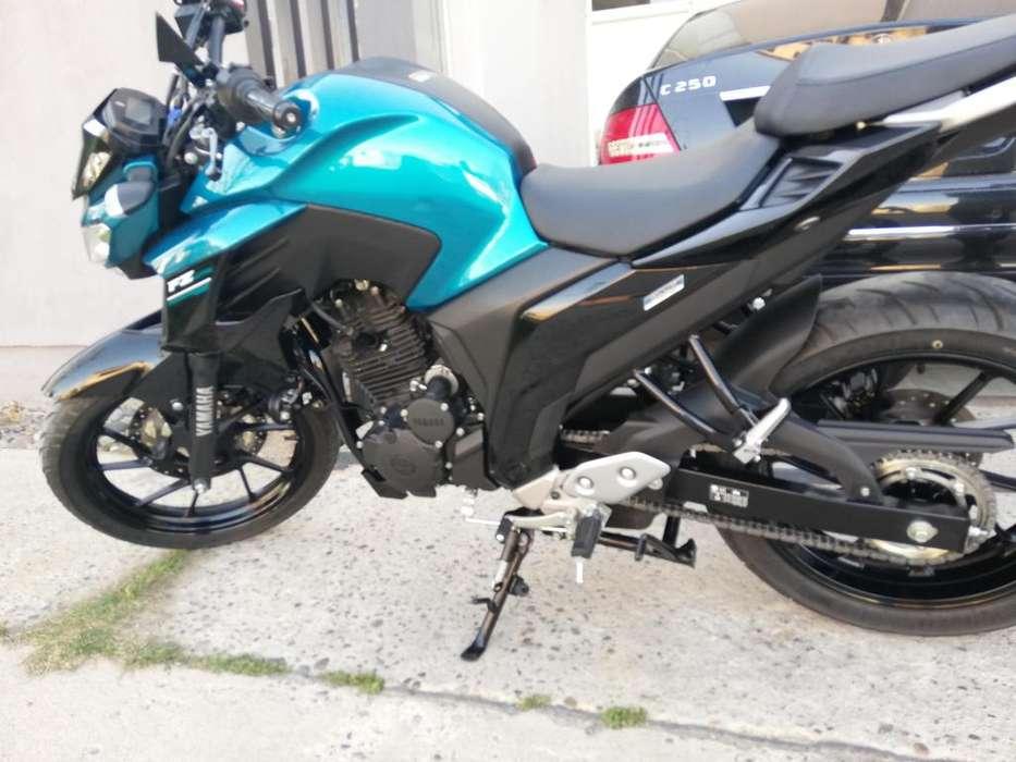 Vendo yamaha FZ 250 cc