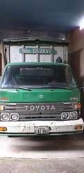 Camion Toyota
