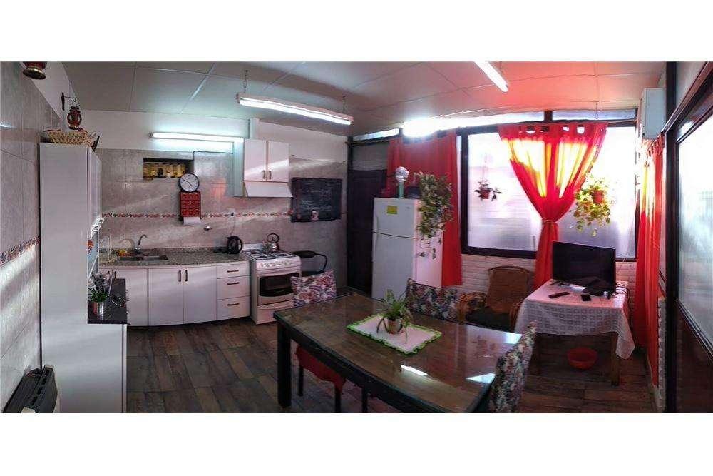 Venta Casa en Santa Lucia,3 hab. y 7 ambientes.
