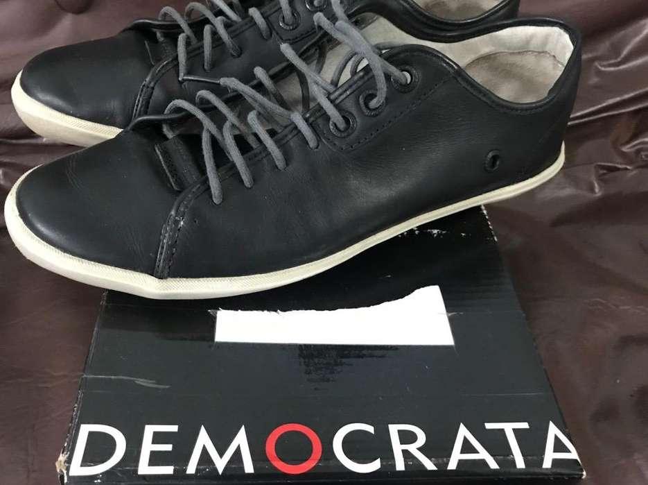 Democrata Cuero Como Nuevas 43